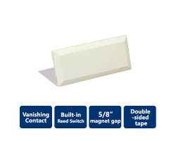 DSC-EVDW4975 Vanishing Contact
